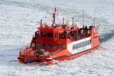 旭山動物園停留3小時 層雲峽冰瀑祭典 Garinko號Ⅱ流冰遊覽船二日遊