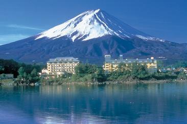 【東日本鐵道假期】富士山湖畔飯店(內含JR東京廣域3日券)