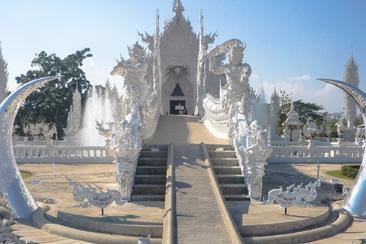 【泰國】清萊一日遊 白龍寺+金三角+湄賽+山地部落村莊