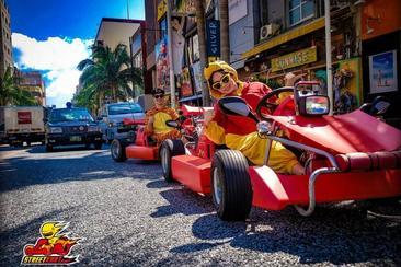 駕<卡丁車>變裝遊沖繩