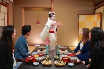 【一日遊】舞妓の京都|舞妓茶道・三大景點・相撲火鍋吃到飽(一人成行 大阪出發)