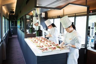 【東日本鐵道假期】 TOHOKU EMOTION 移動餐廳列車