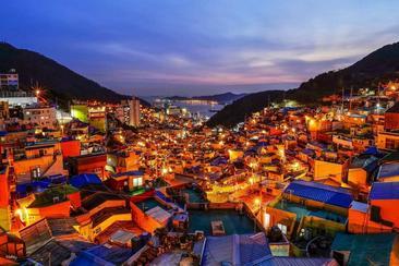 【韓國】釜山夜景遊・中英文:The Bay101、甘川洞文化村、荒嶺山