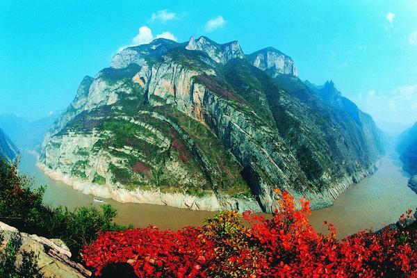 【東方假期】長江三峽(下水)‧五星世紀鑽石號6日◆升等五星酒店.無購物