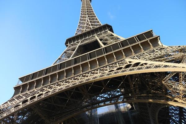 魅力歐洲!Bonjour Paris奧薇小鎮、藝術人文、巴黎拜金女7天(冬季)