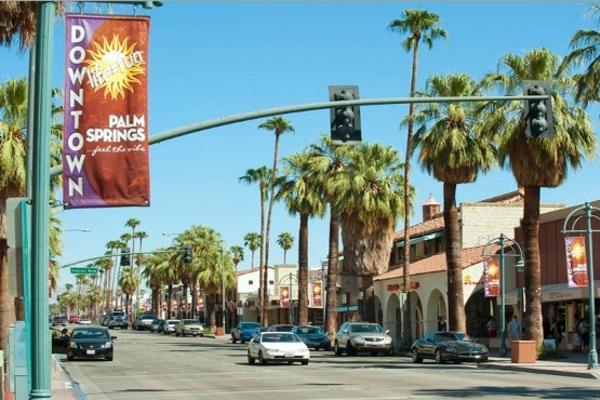 【賺很大】美西雙城~聖塔莫尼卡、蓋帝中心、聖地牙哥、棕櫚泉購物中心7日