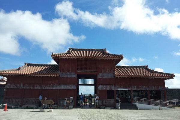 【沖繩花漾超值】古宇利塔、恐龍公園、永旺商城、水族館4日