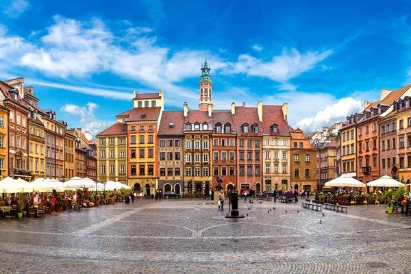 魅力歐洲~盡覽東歐秘境-柏林、波蘭華沙、匈牙利中段飛機、三遊船12日