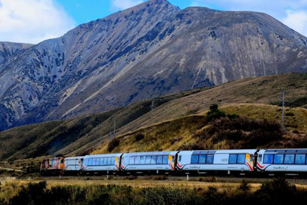 【澳遊客】新一品紐西蘭10日~冰河、高山火車、峽灣(前16名送小費)
