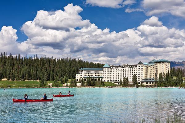 【玩美加族】菁鑽洛磯10日 (入住露易絲城堡、4大國家公園、冰原雪車、溫哥華市區飯店、飛越加拿大4D)