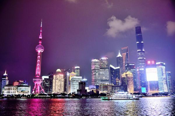 【動感BUS遊上海】南翔古鎮、盒馬鮮生機器人餐廳、大城小鎮悠閒4日(登金茂大廈88層、無購物、無自費)