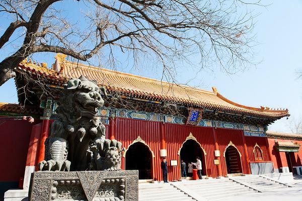 【中華航空】早安北京、五大文化遺產、金面王朝秀五日 ( 無購物、無自費 )