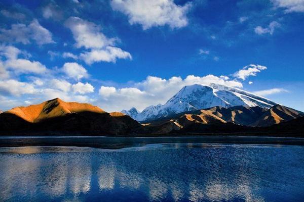 【國航假期】魅力南疆、帕米爾高原、天山神秘大峽谷、深度九天(喀什回)