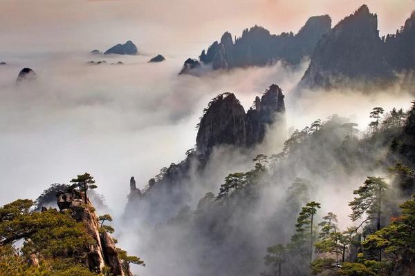 最美黃山、享溫泉、宏村、杭州西湖、贈徽韻秀8日