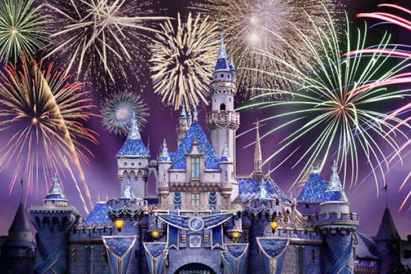 【賺很大】美西三城~迪士尼跨年煙火、大峽谷國家公園、葛瑞菲斯天文台8日(贈WIFI)