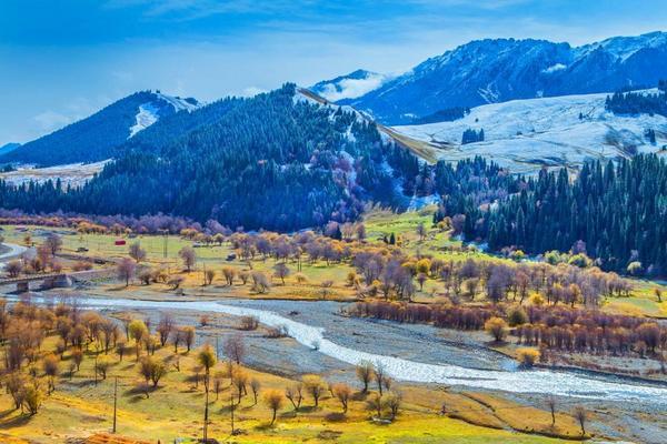 【季節限定】仲夏南北疆、獨庫公路、最美喀納斯、禾木村雙飛10+1日