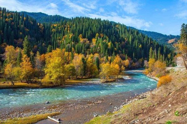 【季節限定】仲夏南北疆、獨庫公路、喀納斯、喀拉峻、禾木村雙飛11+1日