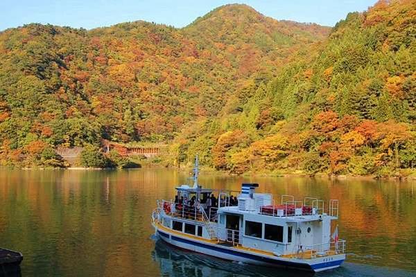 新穗高空中纜車、上高地合掌村遊船、月兔工藝古街購物5日(名松)