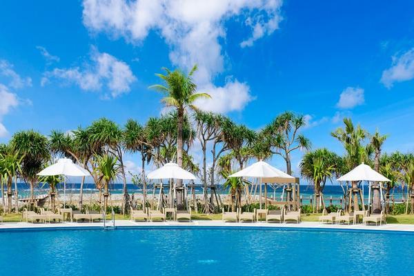 (超值版)【沖繩小旅行】五星喜來登渡假村、古宇利、美國村、 海洋博四日