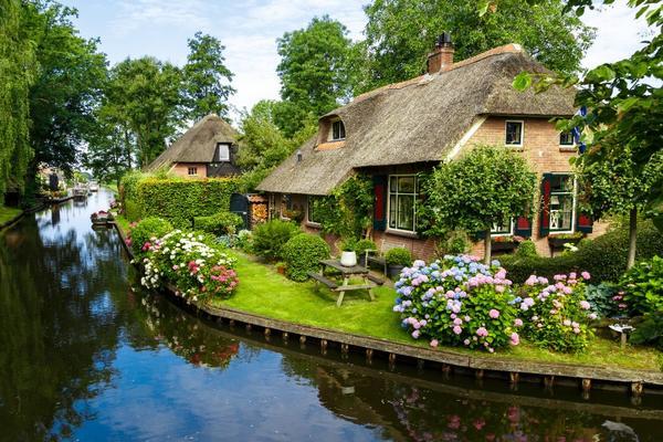 德國 比利時 荷蘭 大城小鎮 購物樂 雙遊船九天