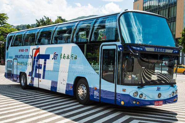 東南遊覽車&賓士車-附司機 一日包車