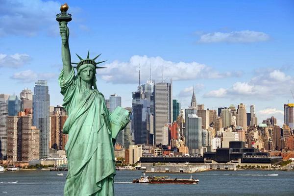 【美國紐約】自由女神像、埃利斯島登島游船(含埃利斯島移民博物館門票、多國語音導覽)