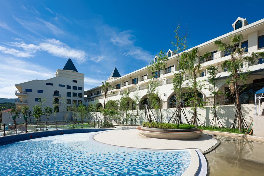 【無邊際泳池】和運假期-福容大飯店福隆店含早+2日租車