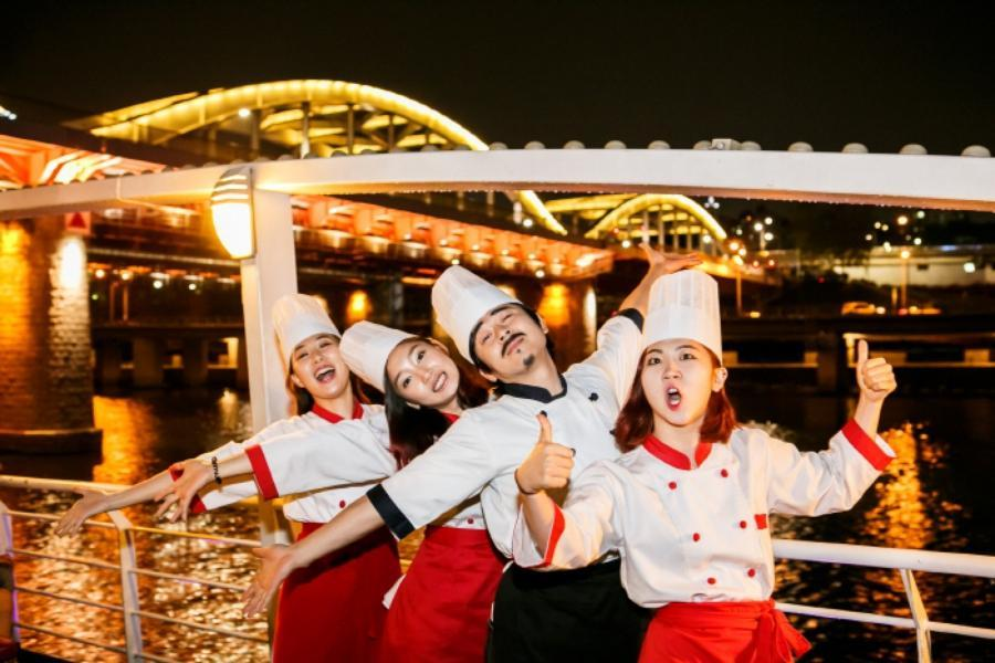 【陽智滑雪場】冬日愛寶樂園、漢江遊船&麵包秀、採草莓、樂天超市5日