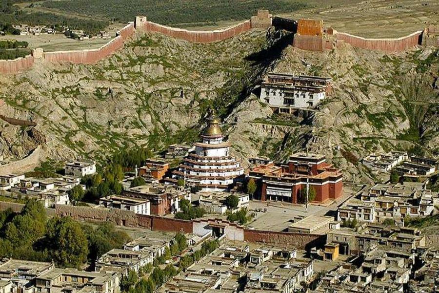 西藏林芝拉薩日喀則青藏鐵路嚴選10天(升等拉薩聖地天堂洲際酒店1晚、中國國際航空,林芝進西寧出)
