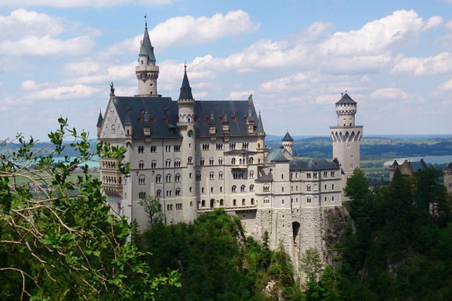 《輕旅行!》德國瑞士10日~萊茵河遊船、亞爾薩斯酒鄉、鐵力士山、新天鵝堡、羅曼蒂克大道、Outlet購物趣(含稅)