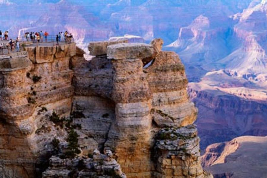 美西逗陣行‧揪團趣10天~三城黃金17哩、世界七景大峽谷、雙樂園