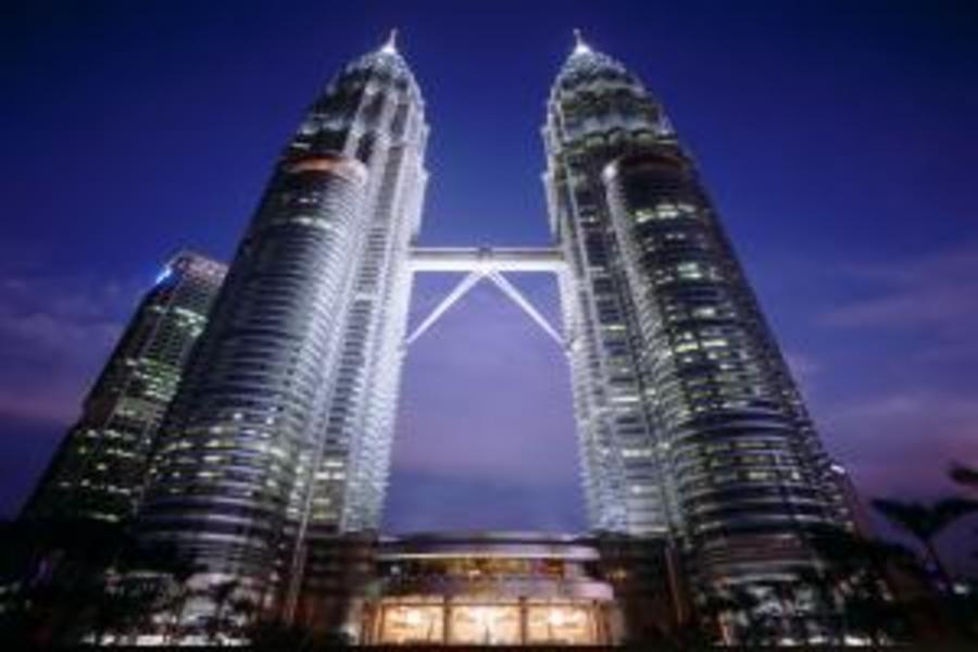 馬新樂翻天~吉隆坡360度高塔旋轉下午茶、360度瞭望台、馬六甲世界遺產、娘惹文化村、Premium Outlets、環球影城5日(馬進~新出)