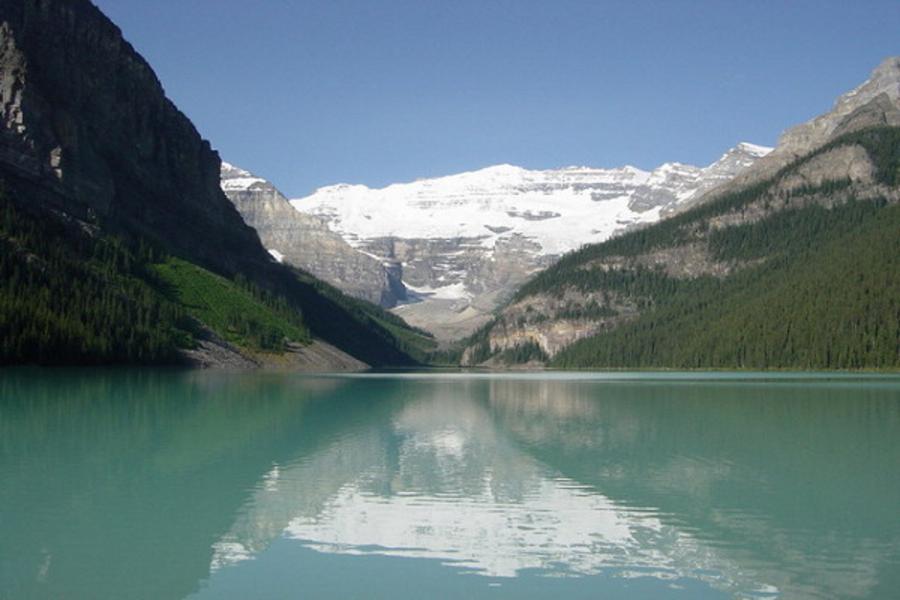 加拿大維多利亞帝后城堡 洛磯山脈 露易絲湖 冰原雪車 纜車 彩虹船九日