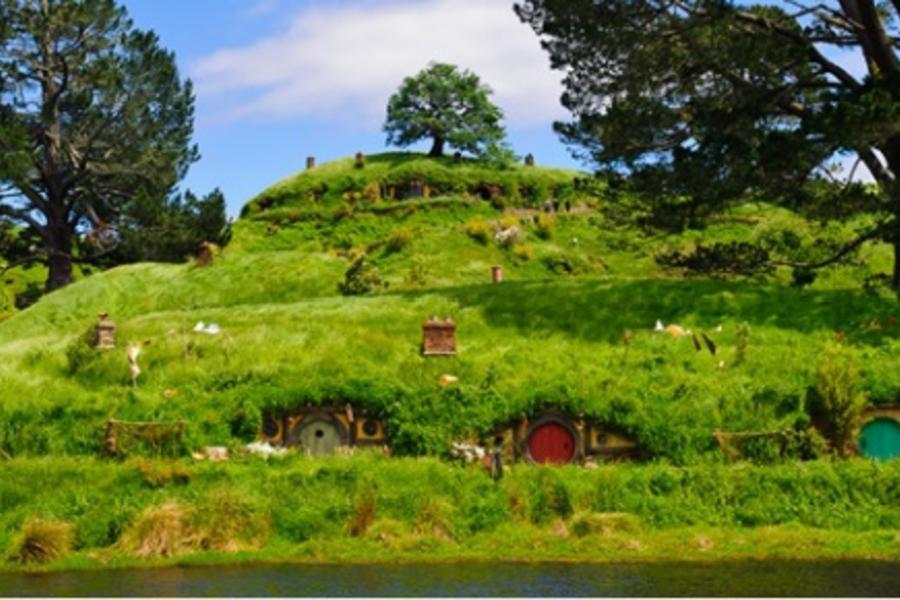 自然純淨 紐西蘭南北島 魔戒哈比屯 高山景觀火車 冰河步道 峽灣遊船 螢火蟲生態之旅十日(含小費)