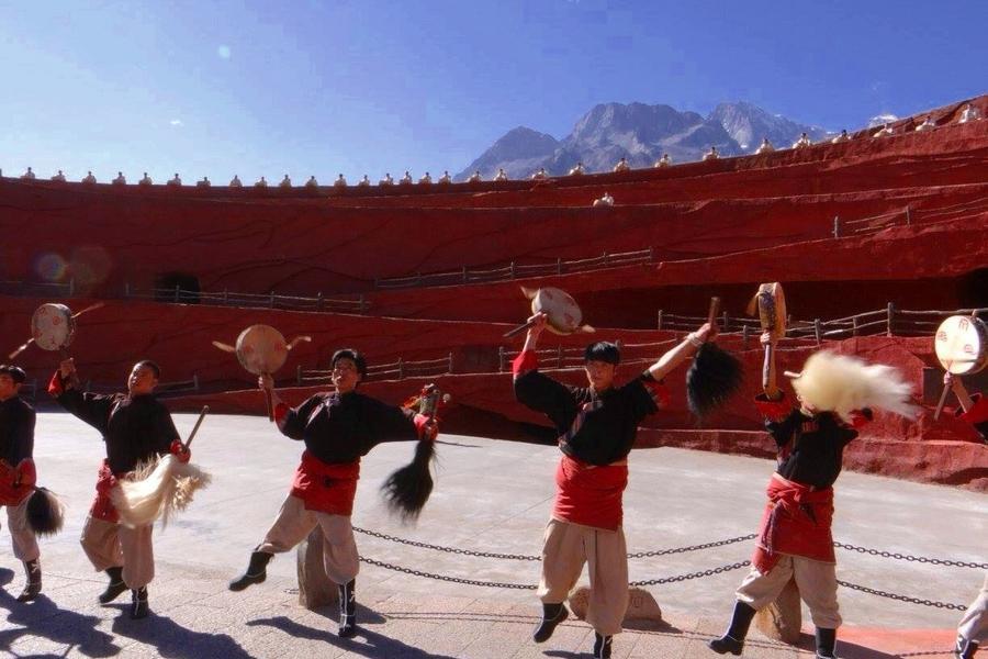 麗江雪山大索道、大理崇聖三塔、普達措景區、香格里拉+洲際八日