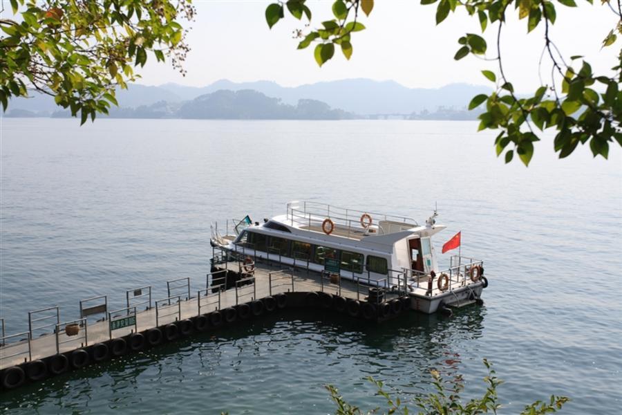 潑墨黃山、千島湖遊船、湖邊古村落、徽韻秀六日(含稅、無購物)
