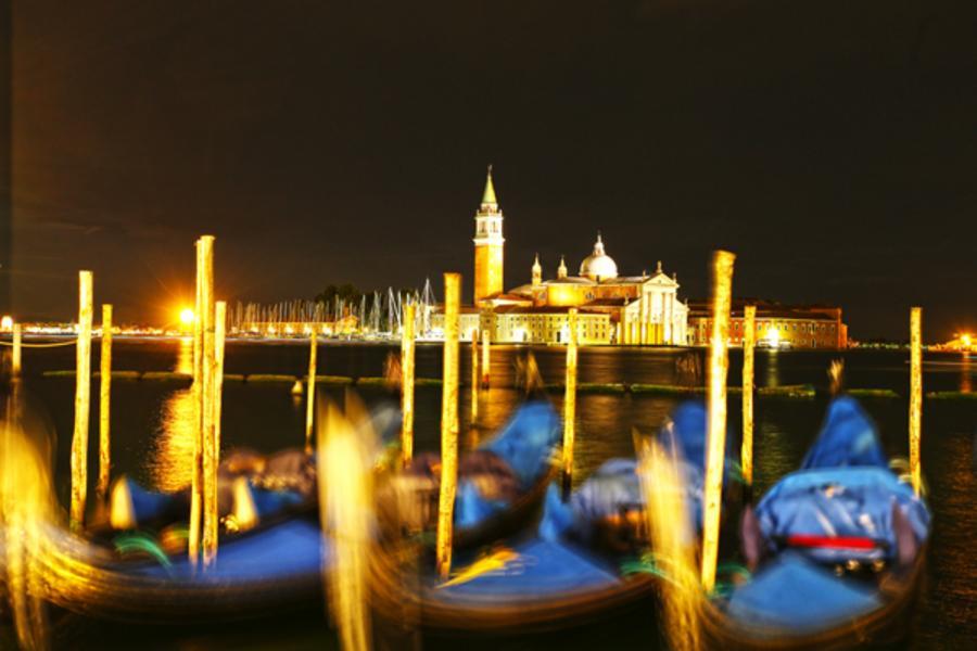 【歐洲破盤】土航!義大利11日~雙點進出、夜泊威尼斯島、卡布里藍洞、托斯卡尼酒莊體驗、貢多拉遊船(含稅)
