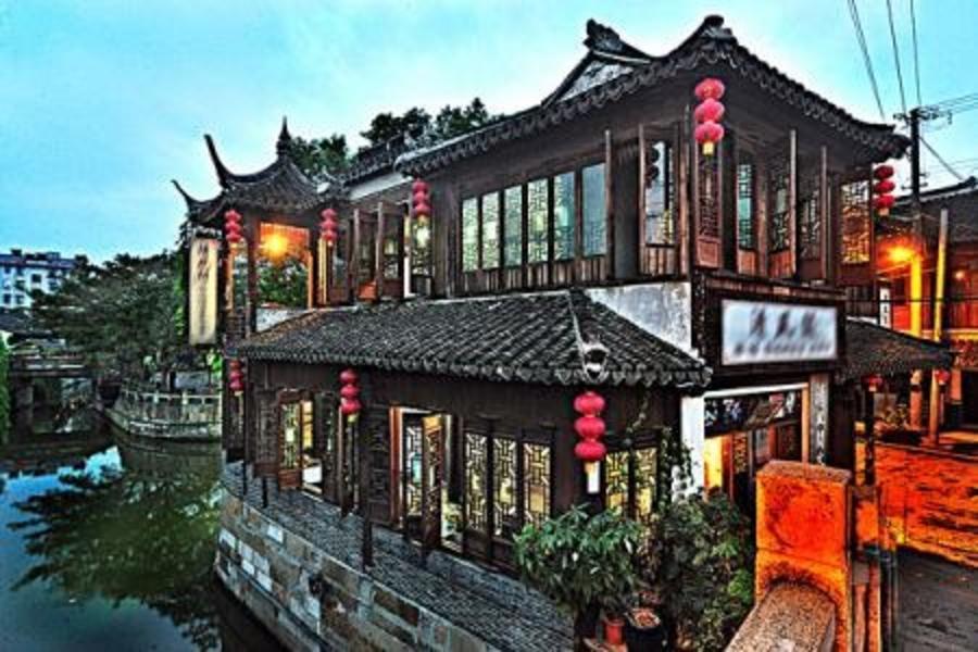 穿越1937上海演繹4日【住在骨董酒店裡.找尋心中民初的老上海.無購物無自費】