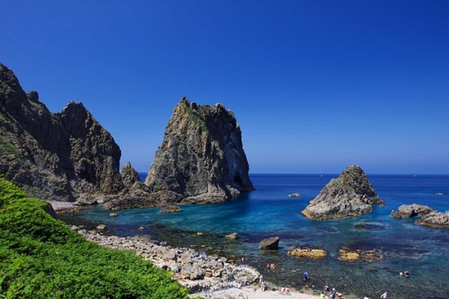 *留住北海道的夏天*函館星空、絕景積丹藍海洋尼克斯、余市小鎮採水果5日(函館、千歲)