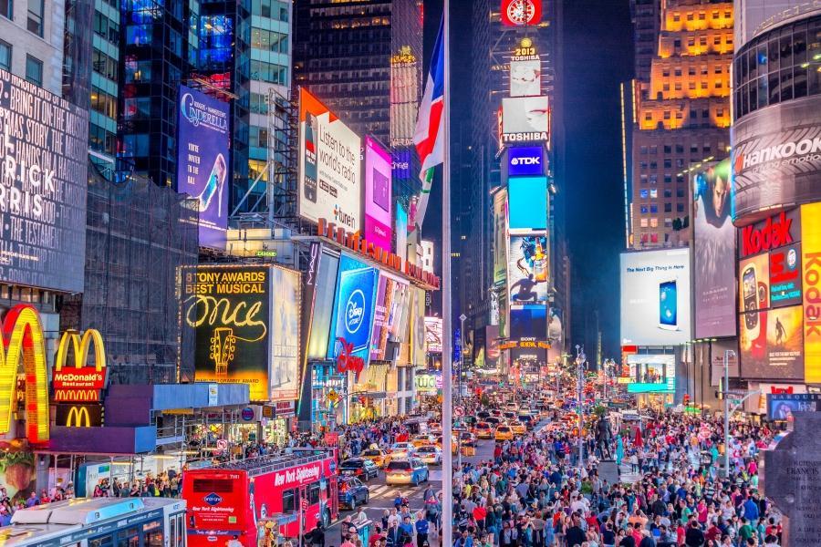 紐約時代廣場瘋跨年~自由女神遊船、羅斯福島空中纜車、OUTLET8日
