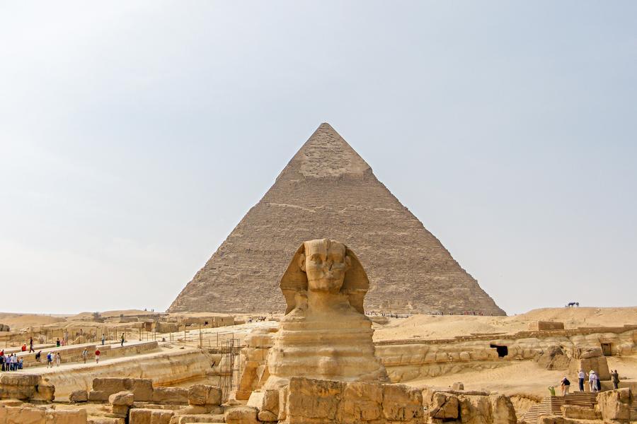 【金豬報喜】埃及一段機、豪華五星河輪、麗池卡登、阿布辛貝11日
