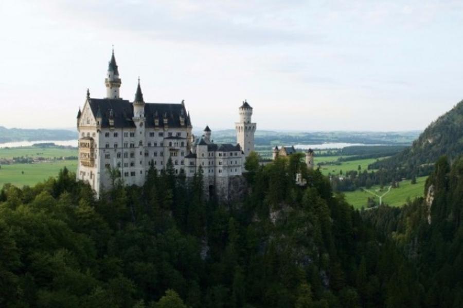 德國 夢幻古堡 羅曼蒂克大道 萊茵河遊船 黑森林小鎮 九天