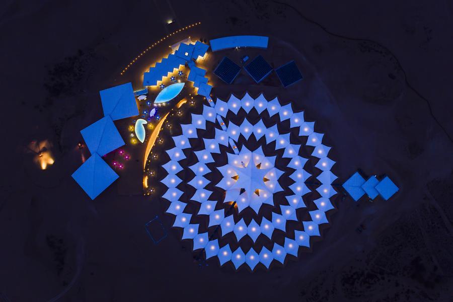 【長榮航空】大漠內蒙、星空草原戰車蒙古包、蓮花酒店、成吉思汗陵六日