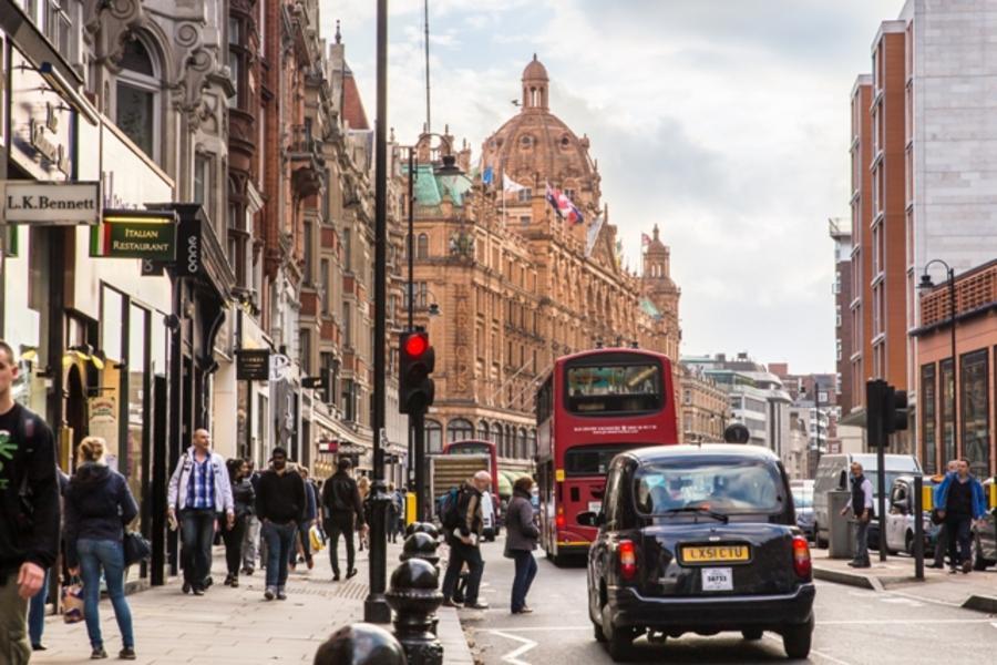 【歐洲破盤】長榮!輕遊英倫6日~大英博物館、牛津大學城、諾丁丘(波特貝羅跳蚤市場)、比斯特Outlet血拼(含稅)