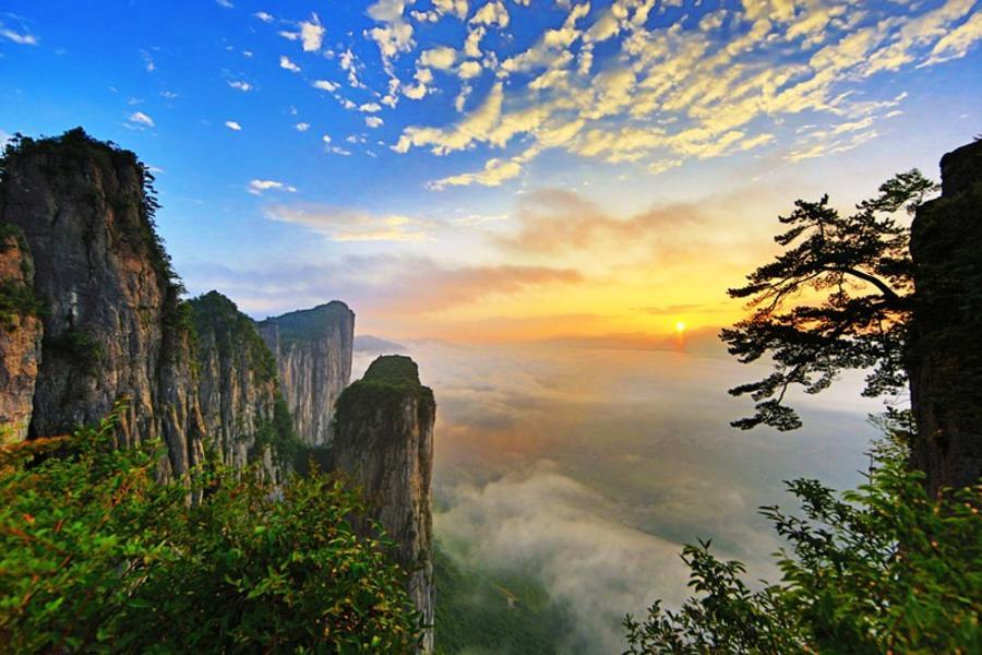 【山水有情寄湖北】奇幻恩施大峽谷、三峽大瀑布、神農架秘境8日