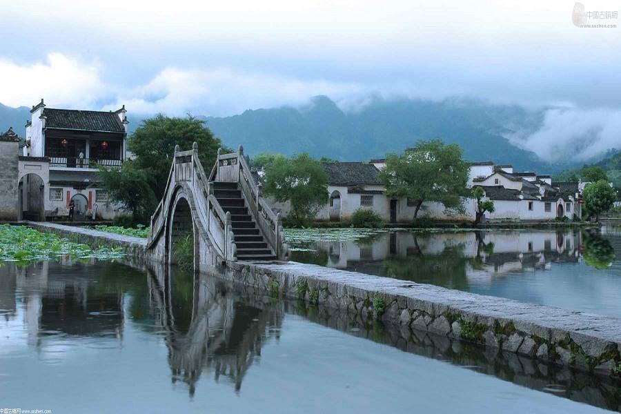 跟著世界遺產之旅、登黃山(山上二晚)、 走進三清山、徽州宏村8日