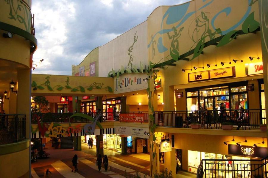 名古屋城長島樂購、兼六園合掌村、恐龍博物館飛驒路、CI加班機5日