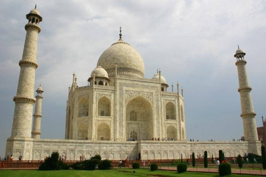 【賺很大】華航直飛印度~泰姬陵、倫騰坡爾公園、瑜珈冥想、王宮午宴8日