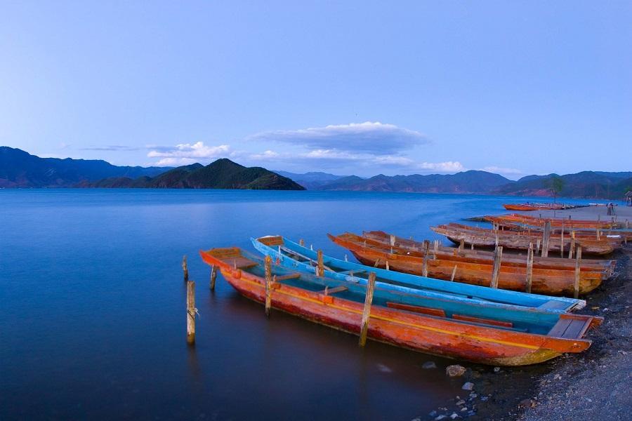 麗江、神秘瀘沽湖、中甸香格里拉、石卡雪山、升等洲際酒店八日【送小費】