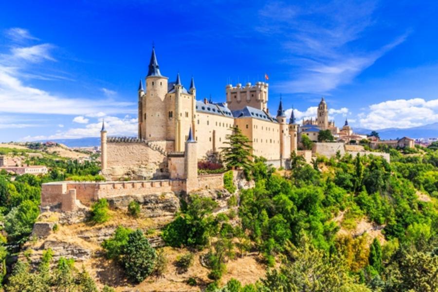 【賺很大】西班牙絕美古城、白色風車村、巴塞隆納巡禮、羅馬市區觀光10日